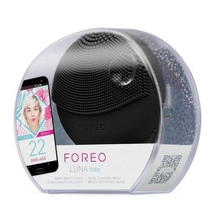 FOREO LUNA fofo face cleanser Tool